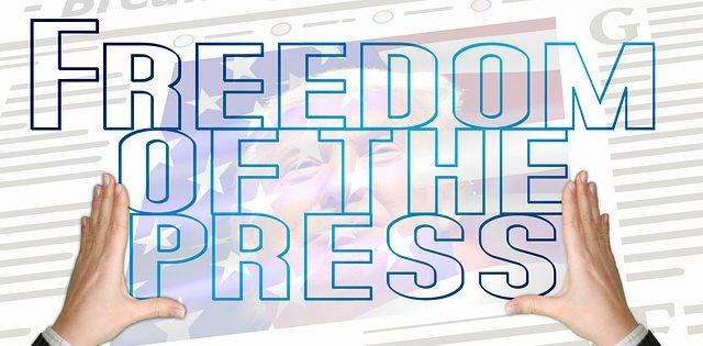 Wie sich der Vorwurf der Beleidigung eines SÜDDEUTSCHEN-Journalisten als u.a. postfaktisches Arschloch in Luft auflöst